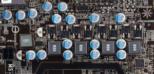 Твердотельные конденсаторы на плате MSI 880GMA-E45
